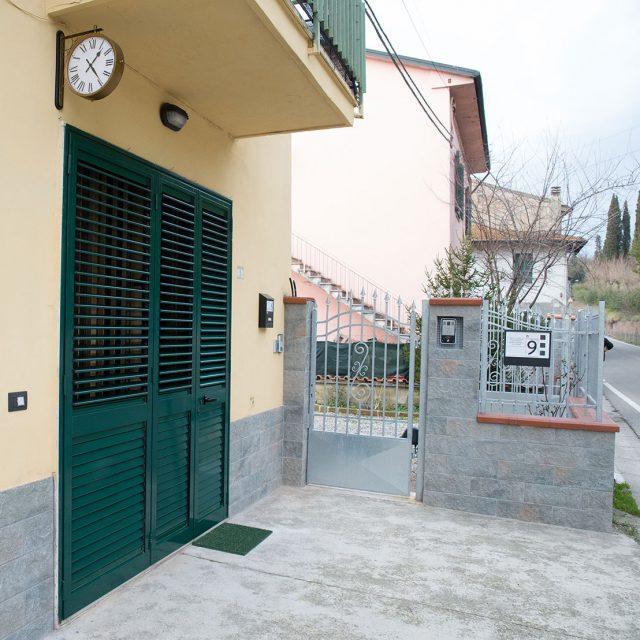 https://www.casalina.eu/wp-content/uploads/2017/05/ingresso-esterno-casalina-640x640.jpg